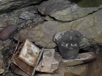 埃及发现大量2500年前彩色密封石棺
