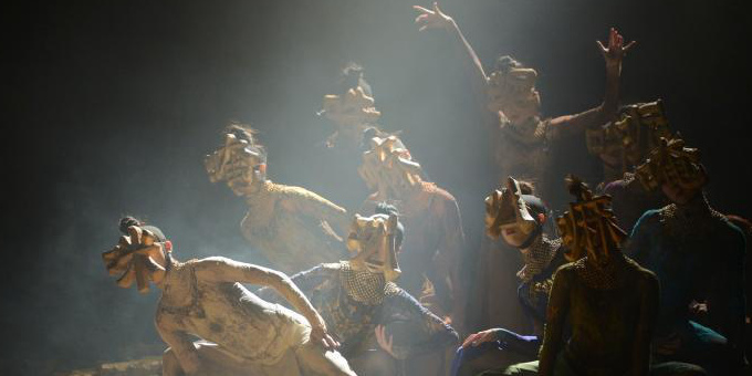 内蒙古:杨丽萍编导《春之祭》上演