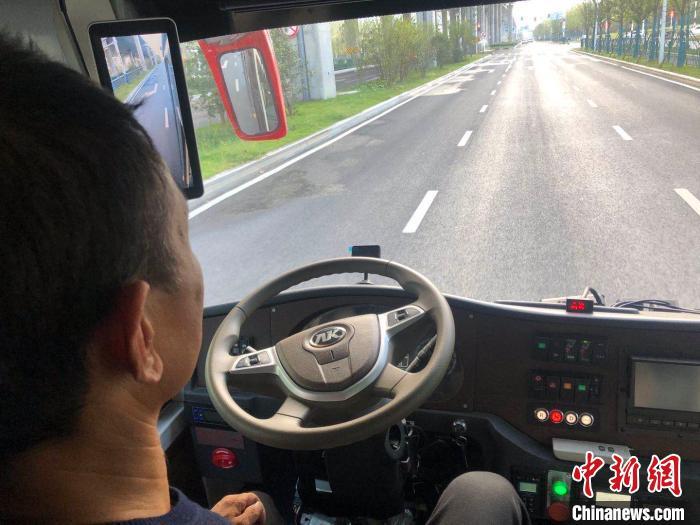 """【2020·指尖城市】体验合肥智能网联汽车示范线:""""智慧路""""上的""""聪明车"""""""