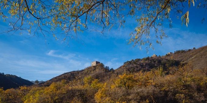 北京怀柔:秋到水长城