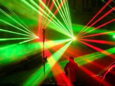 拉脱维亚举行灯光节 美轮美奂吸引目光
