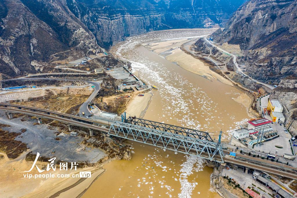 河津新闻网 中心_黄河山西河津段出现流凌_金羊网新闻