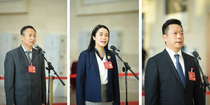 广东省政协十二届四次会议第一场委员通道开启