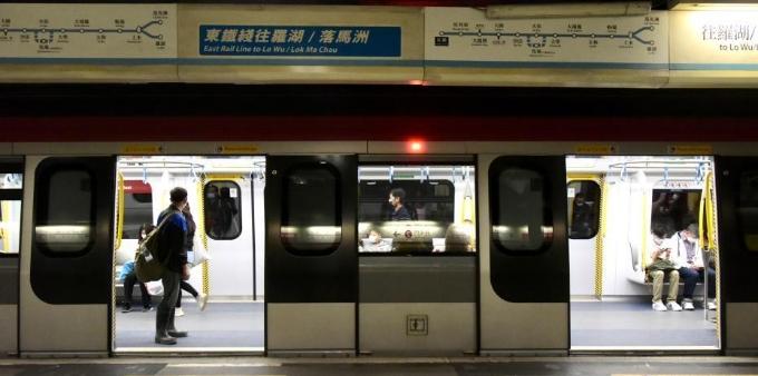 港铁东铁线新信号系统与新车正式投入运作