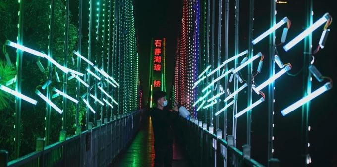 春节防疫 长沙一景区装紫外线灯杀菌