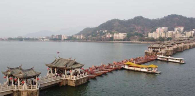 航拍广东潮州广济桥