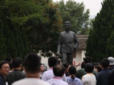 广东惠州:叶挺将军纪念园吸引参观者