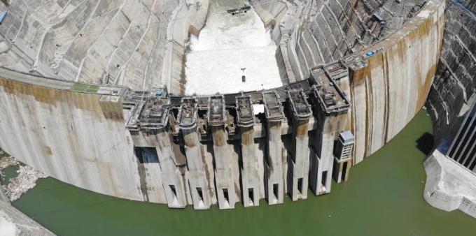 世界在建最大水电站白鹤滩电站蓄水高程已超716米
