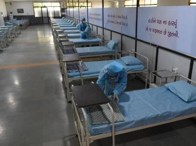 印度古吉拉特邦一学校改建为新冠护理中心