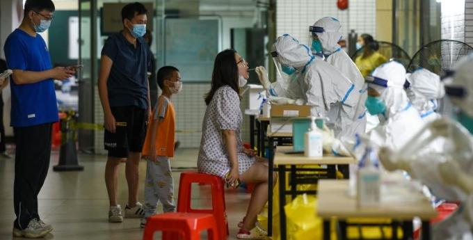 广州部分抗疫服务点优化服务 核酸检测采用上门派号形式