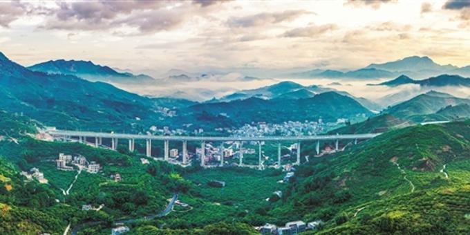 大道逶迤 直通大湾区核心 彩练当空 桥接珠三角福地