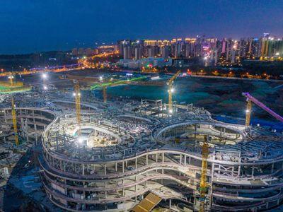 海口国际免税城昼夜施工加紧建设