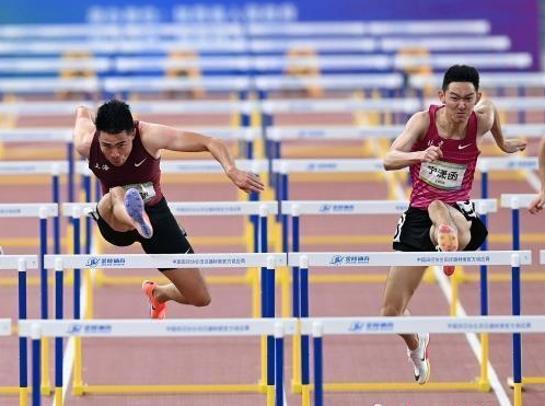 谢文骏获得全运会男子110米栏金牌
