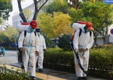 青海海东:平安区加强公共区域消杀工作